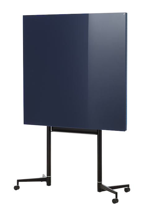 300818_38_CHAT BOARD_Move_Medium_Navy Blue