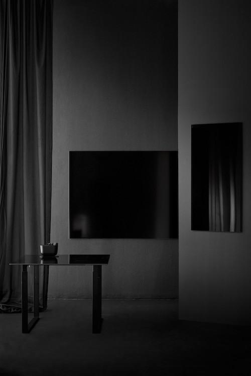 CHAT BOARD Table Black + Matt Black + Classic Black + Storage Unit Black