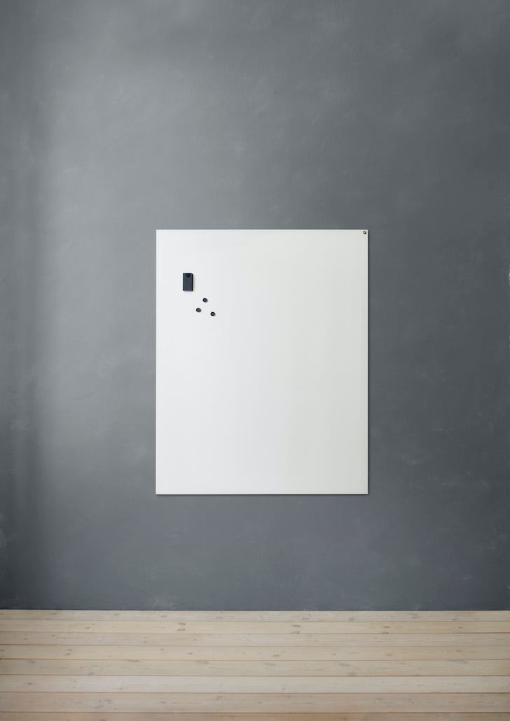 CHAT-BOARD-Elements-magnetic-glass-board-single-Pure-White-grey-background-03-mediumres